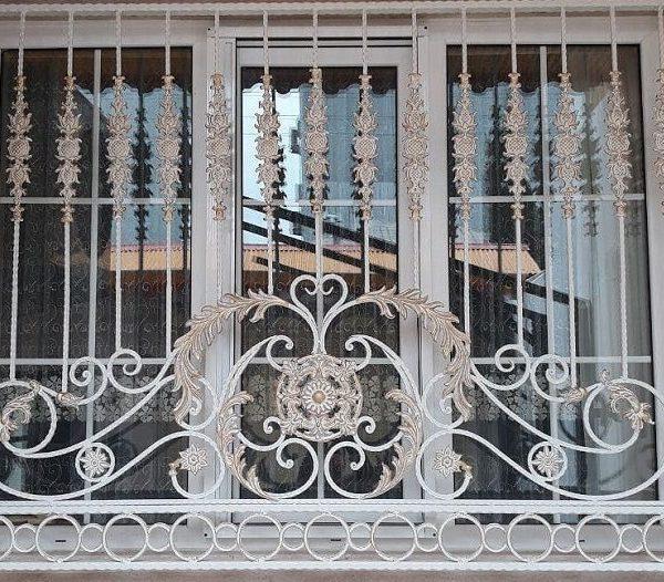 حفاظ پنجره فرفورژه 47849641568496841184847458484